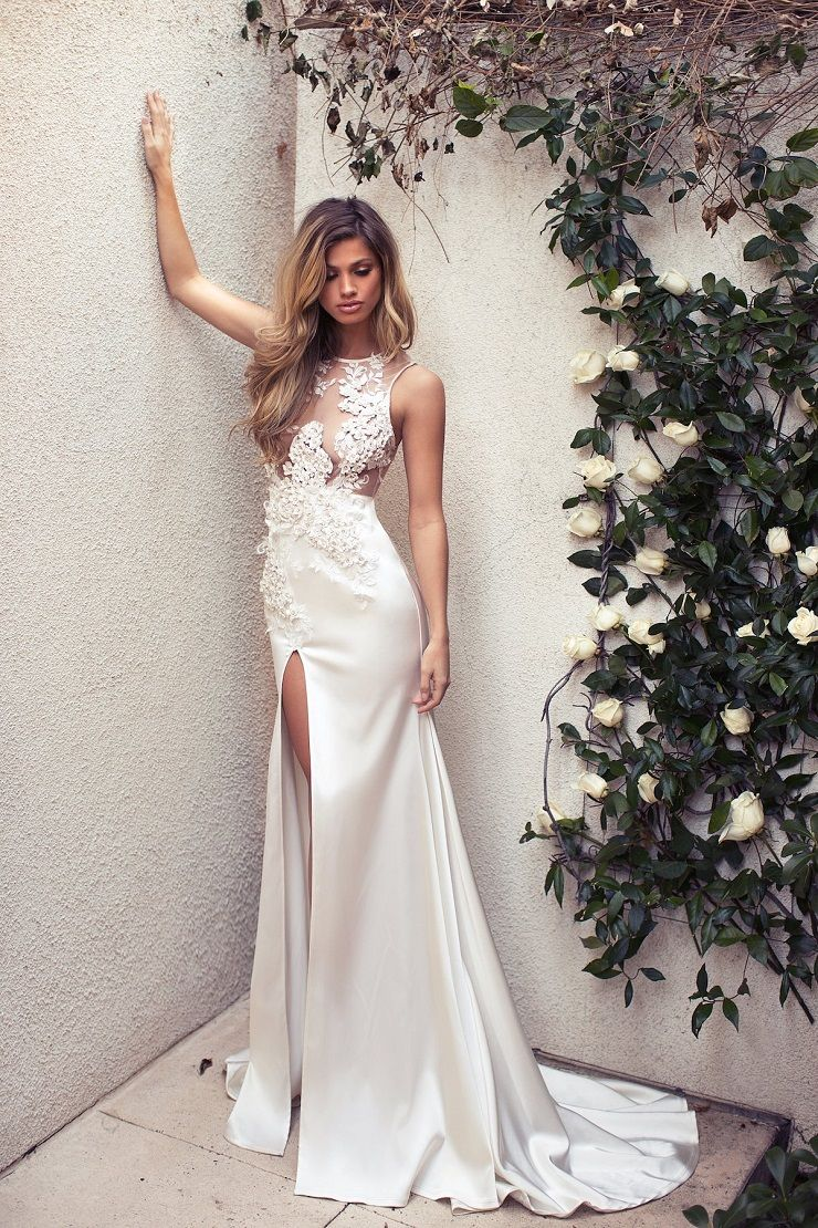 Sexy Wedding Dress with 3d flowers and high front slit | itakeyou.co.uk #weddingdress #wedding #weddinggown #wedinggowns #bridalgown #bride #weddingdresses #vneck #plungingneckline