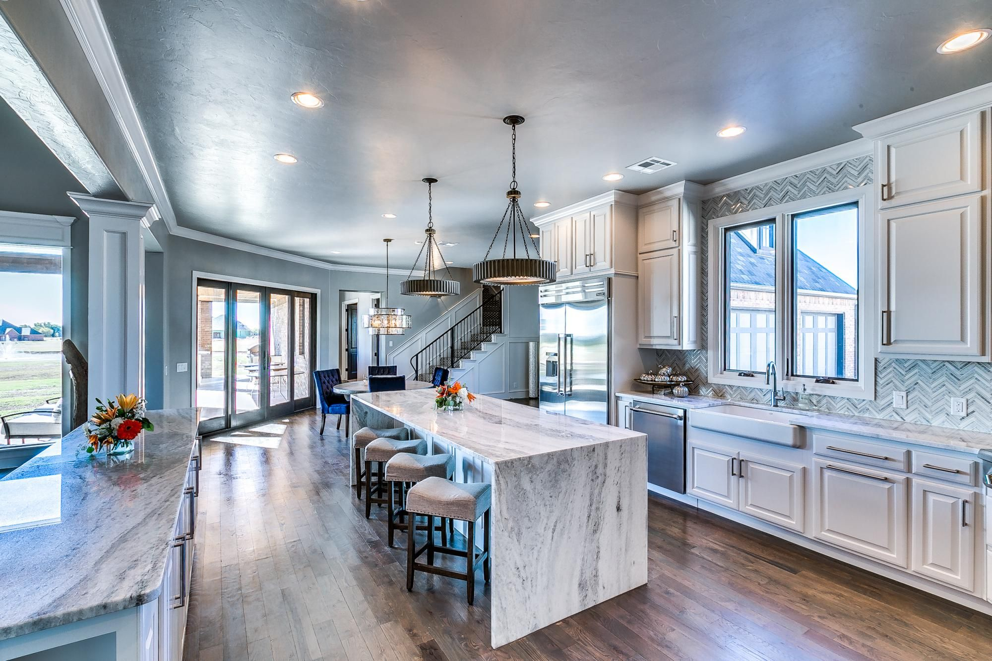 Photo Gallery | Q5 Homes | Luxury Homes Oklahoma City | Kitchens ...