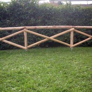 Staccionata a croce s andrea in castagno scortecciato for Staccionata in legno brico