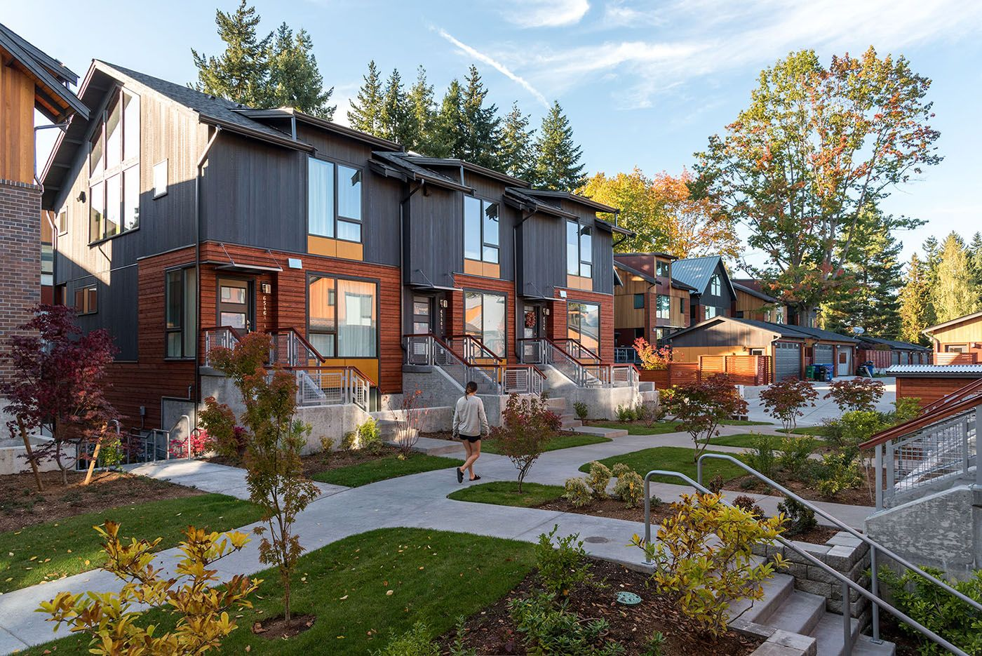 Bryant Heights In Seattle Has Houses Townhouses Condos Live Work Units And Commercial Space Ray And Mary Townhouse Designs Architecture Architecture Firm