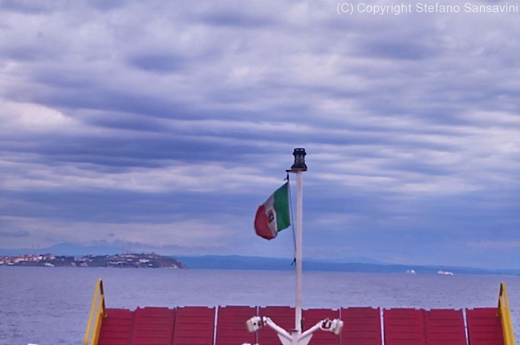 http://www.obiettivofotografia.it/wp-content/gallery/traghetto_elba/2014_elba_025.jpg