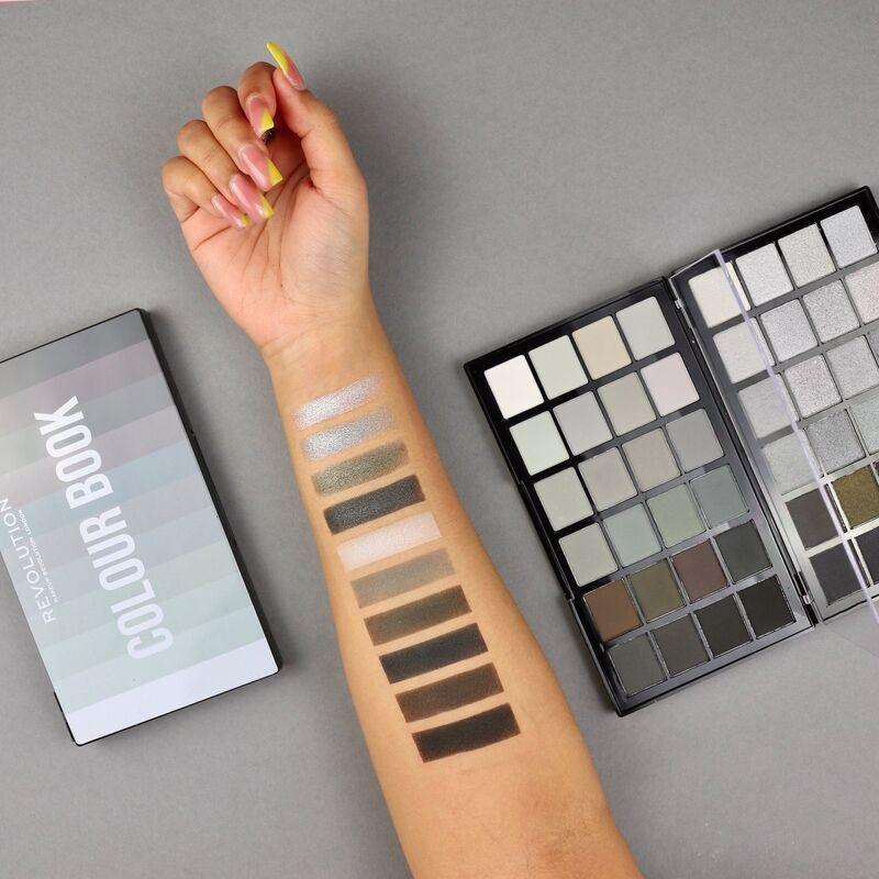 Makeup Revolution Colour Book Cb01 Shadow Palette Shadow Palette Makeup Revolution Coloring Books