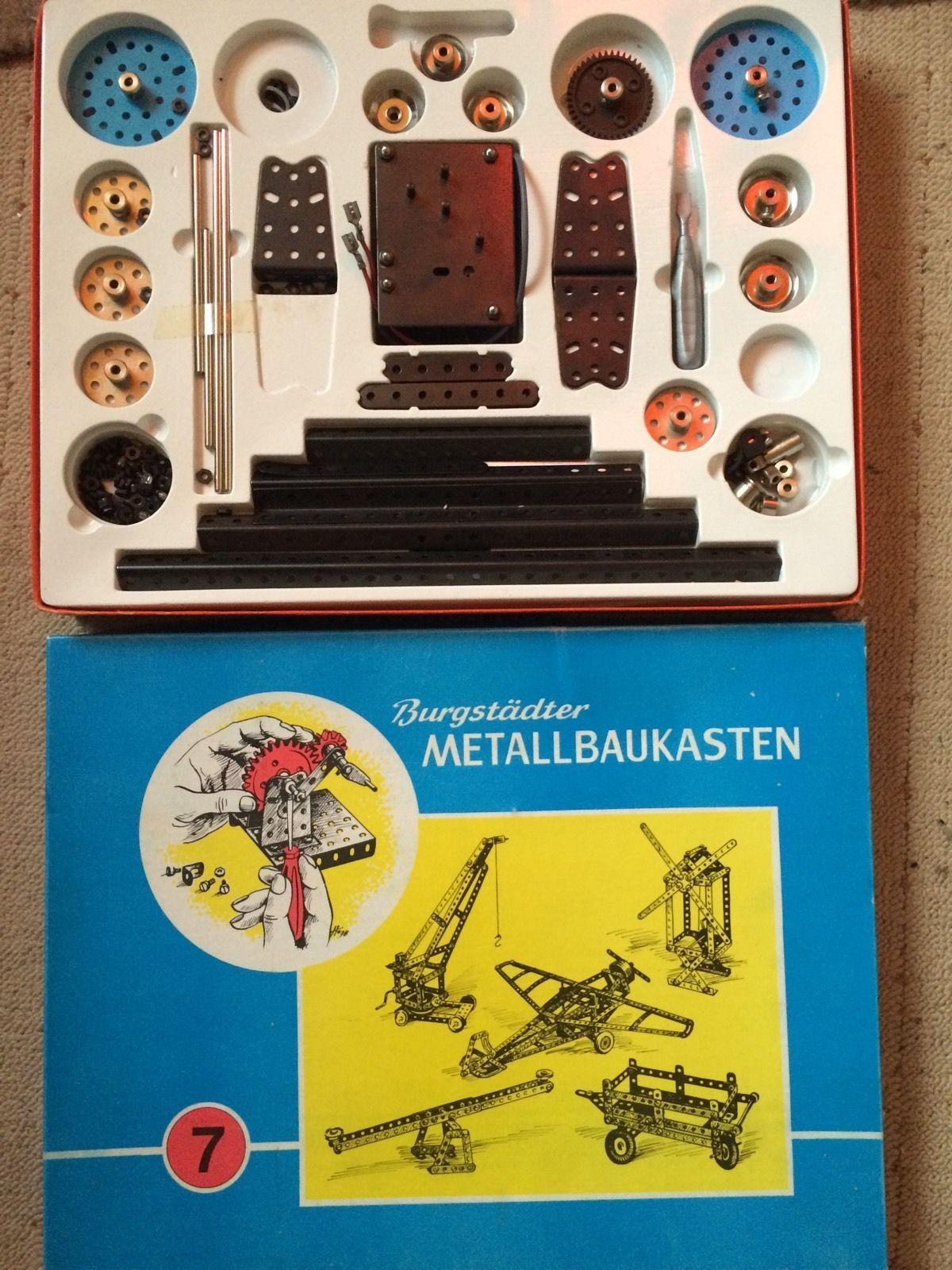 Ddr Spielzeug Construction Metallbaukasten Konvolut Anleitungen 12 5kg Eur 1 00 Vintage Toys Retro Childhood Memories