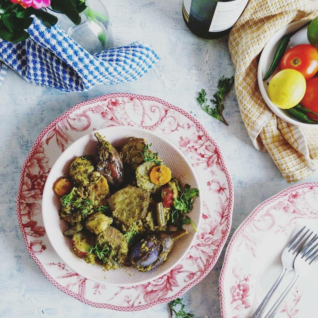 Gujarati Undhiyo is a semi dry vegan curry made with fresh