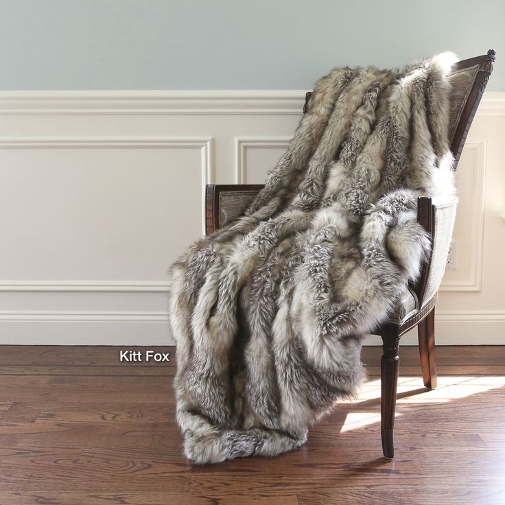 Awesome Faux Fur Throws On Black Leather Sofas And Chairs Google Alphanode Cool Chair Designs And Ideas Alphanodeonline