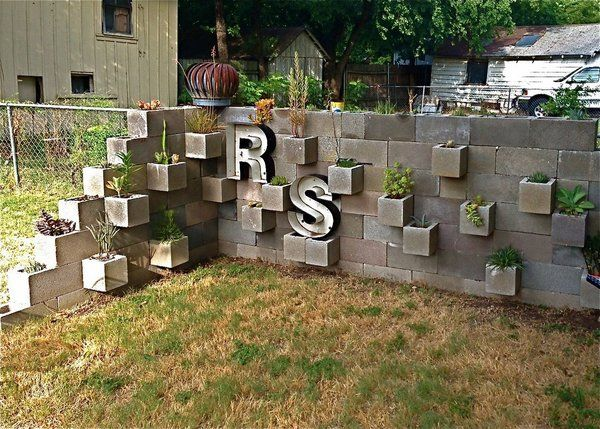 Garden Block Wall Ideas this will go next to the retaining walls Cinder Block Garden Ideas Diy Cinder Block Garden Wall