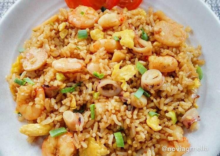 Resep Nasi Goreng Seafood Oleh Nella Resep Resep Makanan Sehat Resep Makanan Cina Makanan Dan Minuman