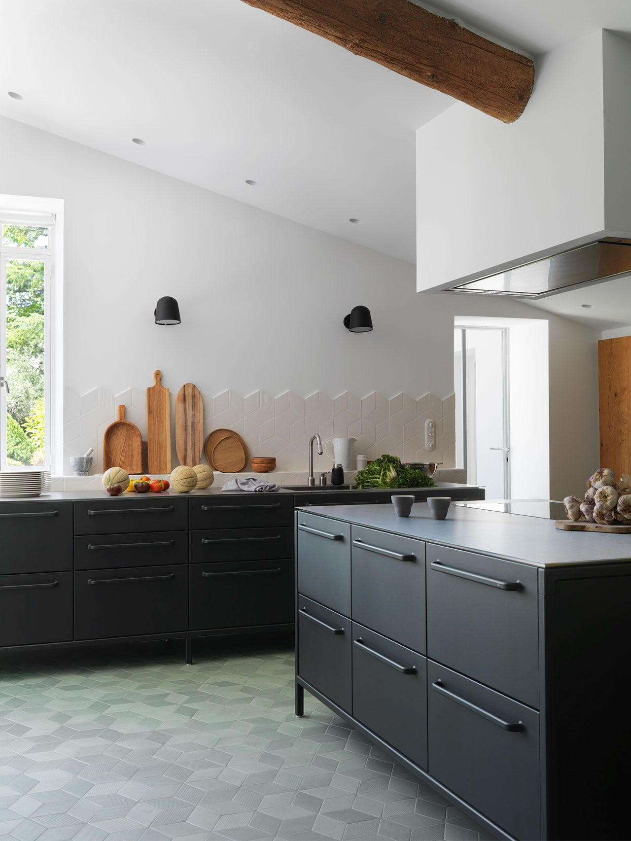 Welcome to Provence. Black steel kitchen from Vipp | Kitchen ...