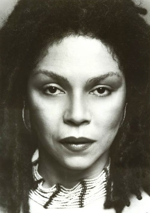 Rosalind Cash (December 31, 1938 – October 31, 1995) Her best known film role is as Charlton Heston's character's love interest Lisa, in the science fiction cult classic, The Omega Man. To soap opera audiences, she is probably best remembered as Mary Mae Ward on General Hospital. Her films included Klute, The New Centurions, Uptown Saturday Night, Wrong Is Right, & Tales from the Hood. She also appeared in The Golden Girls. A Different World, & Go Tell It on the Mountain.