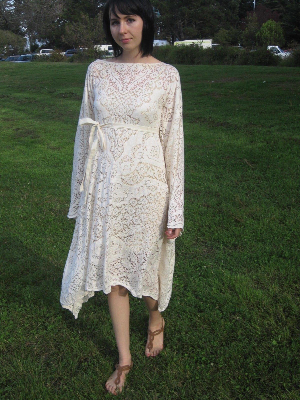 Lace Dress (refashioned tablecloth with tutorial) - Threads -   16 DIY Clothes Lace girls ideas