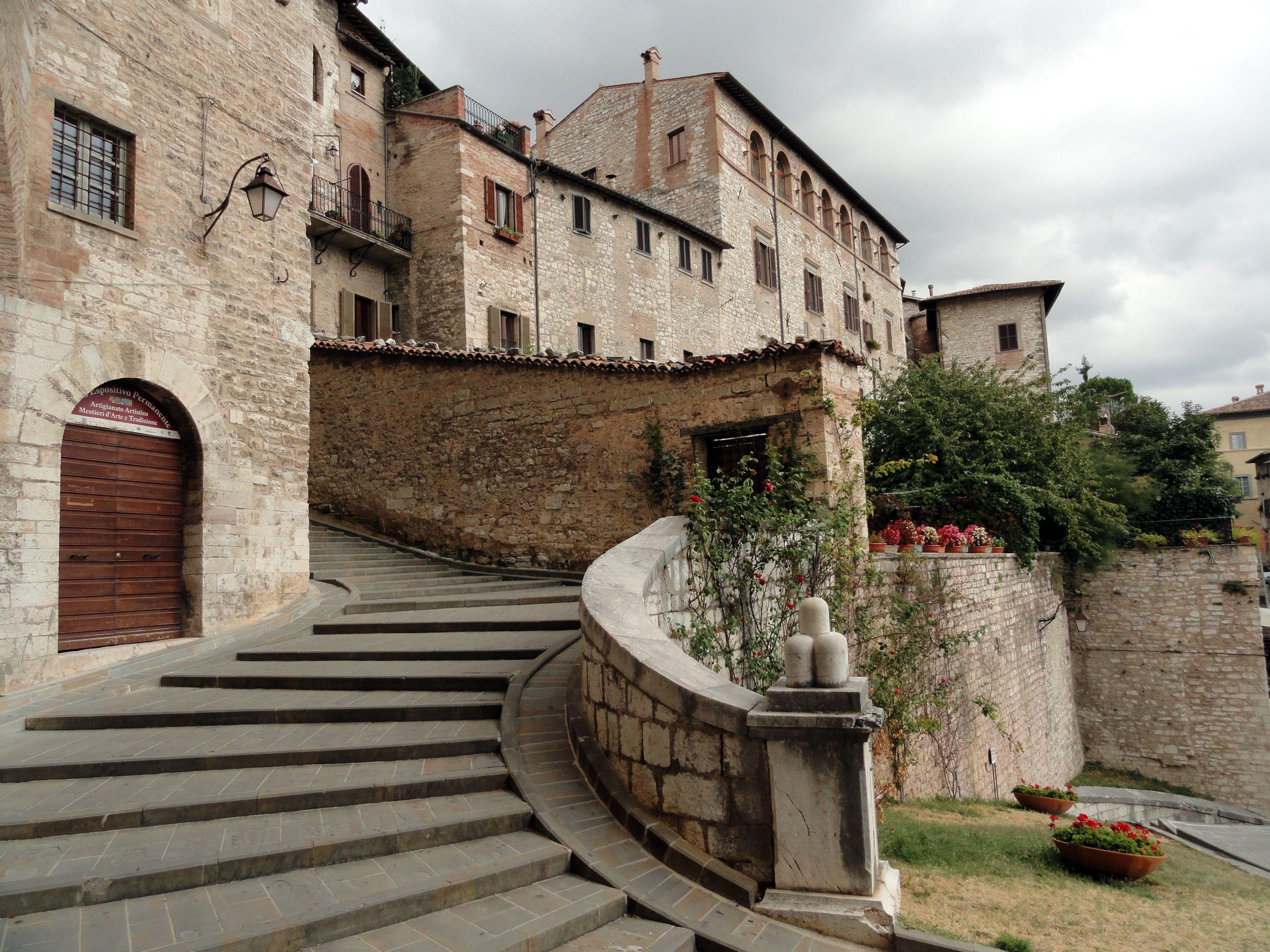 Gubbio Perugia (Italy) Italia, Luoghi da visitare e