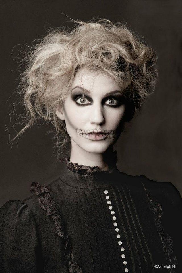 Halloween Ideen Frauen.Idee Halloween Schminke Frauen Skeletton Zersauste Haare