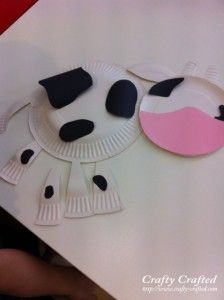 We are making a very cute cow today a paper plate cow D Paper Plate Cow We\u0027ll need 3 paper plates for this. & The Crafty Cow Crafts | Cow « Animal Crafts « Categories « Crafty ...