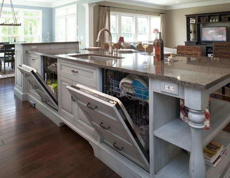 traditional kitchen by mullet cabinet i don t really need 2 rh pinterest com
