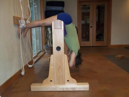 urdhva dandasana  iyengar yoga wooden props  yoga props