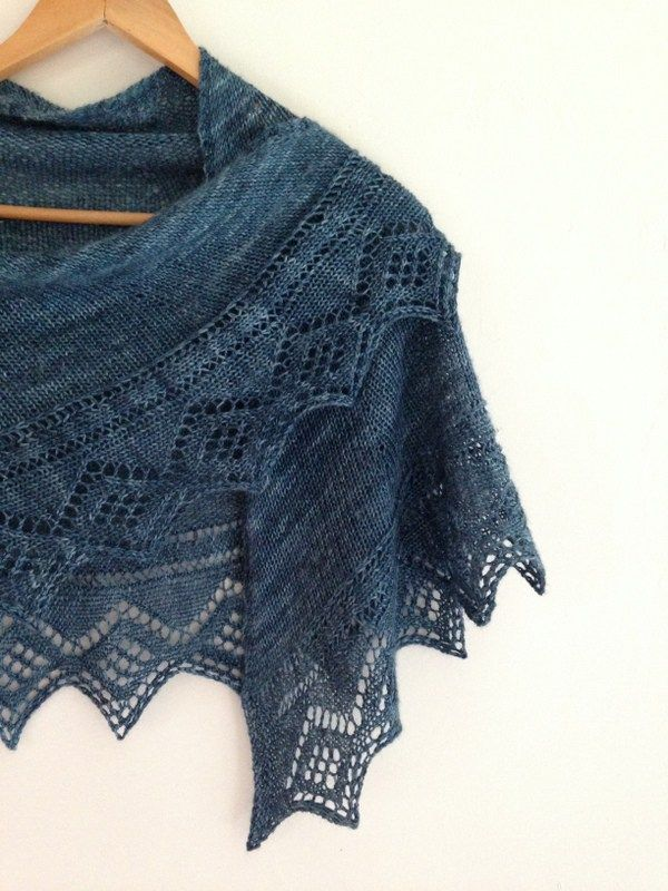 Diamonds for Lisa - LittleChurchKnits | Dreieckstuch, free lace ...