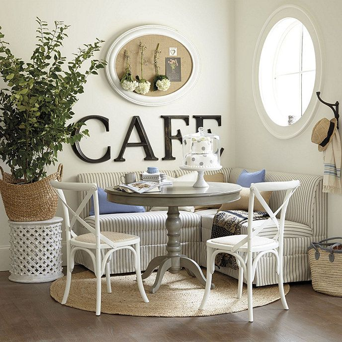 4 Elements Could Bring Out Traditional Kitchen Designs: Minimalist Dining Room, Breakfast