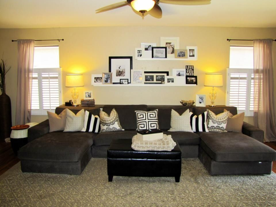 Living Room Sofa Table Picture Ledges Behind Sectional Ikea I Love How You Can Fit So Many Pics On The Then Walls Are Nice And