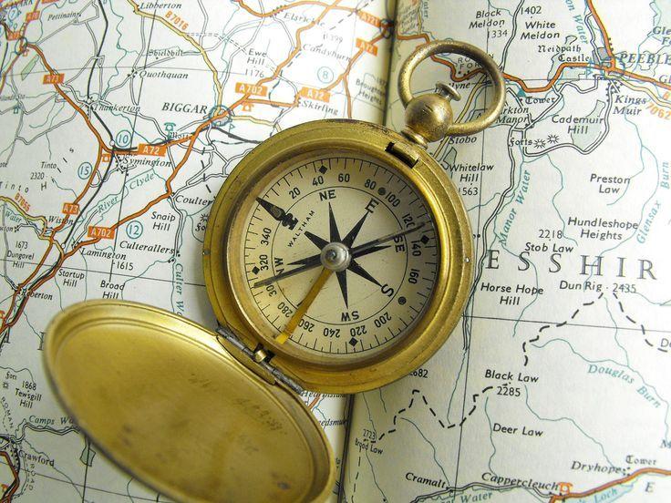 Vintage Pocket Compass Etsy Pocket Compass Vintage Pocket Watch Vintage Compass