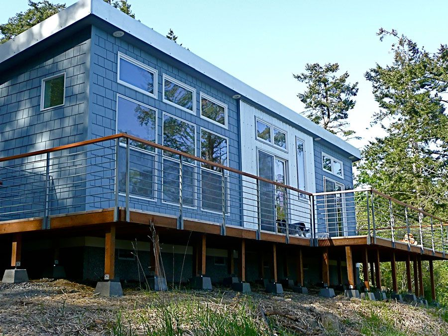 750 sq. ft. Cottage prefab home by Ideabox. Go to http