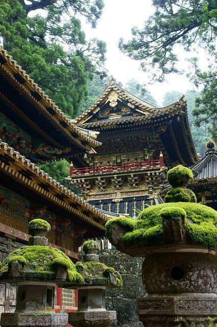 visitheworld: Toshogu Shrine in Nikko, Japan (by ...