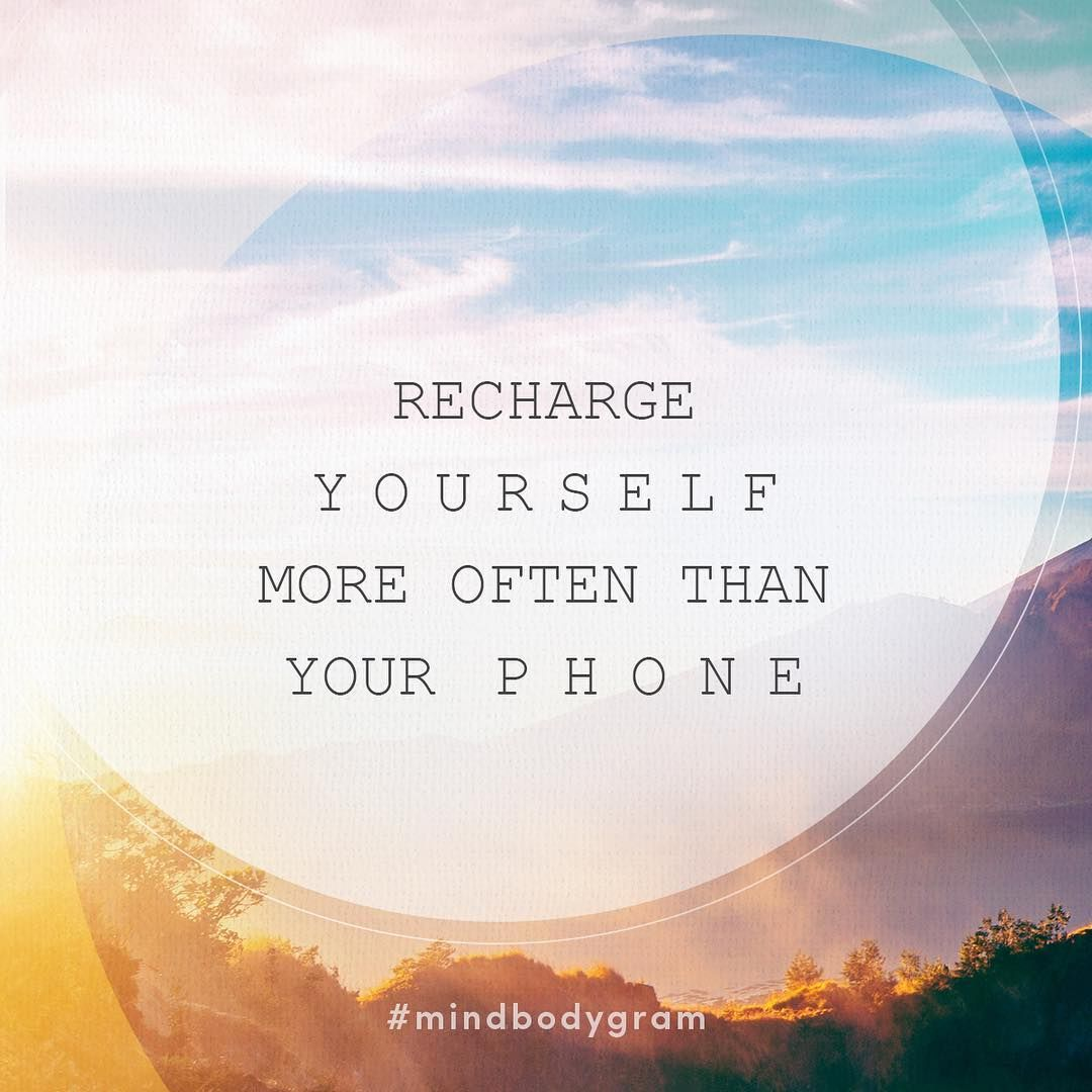 We're making this our weekend mantra. 📱🙅 Who's with us? 💓🙋✨ // #mindbodygram #digitaldetox #weekendvibes #selfcare