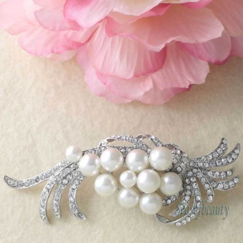 1 x Ivory Pearl Cluster Clear Rhinestone Crystal Silver Brooch Pin