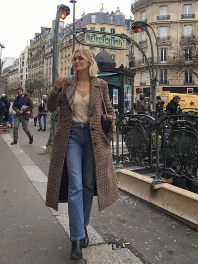 Dress Like a Parisian Woman & Look Chic on a Daily Basis – Style