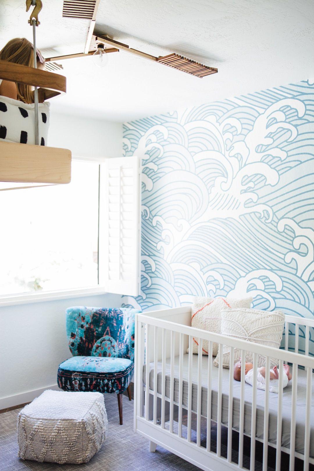 Une chambre de bébé style bord de mer oui, mais moderne ! | Chambre ...