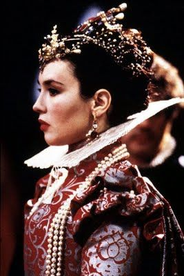 Sinalyna: 4 imagens do Filme La reine Margot