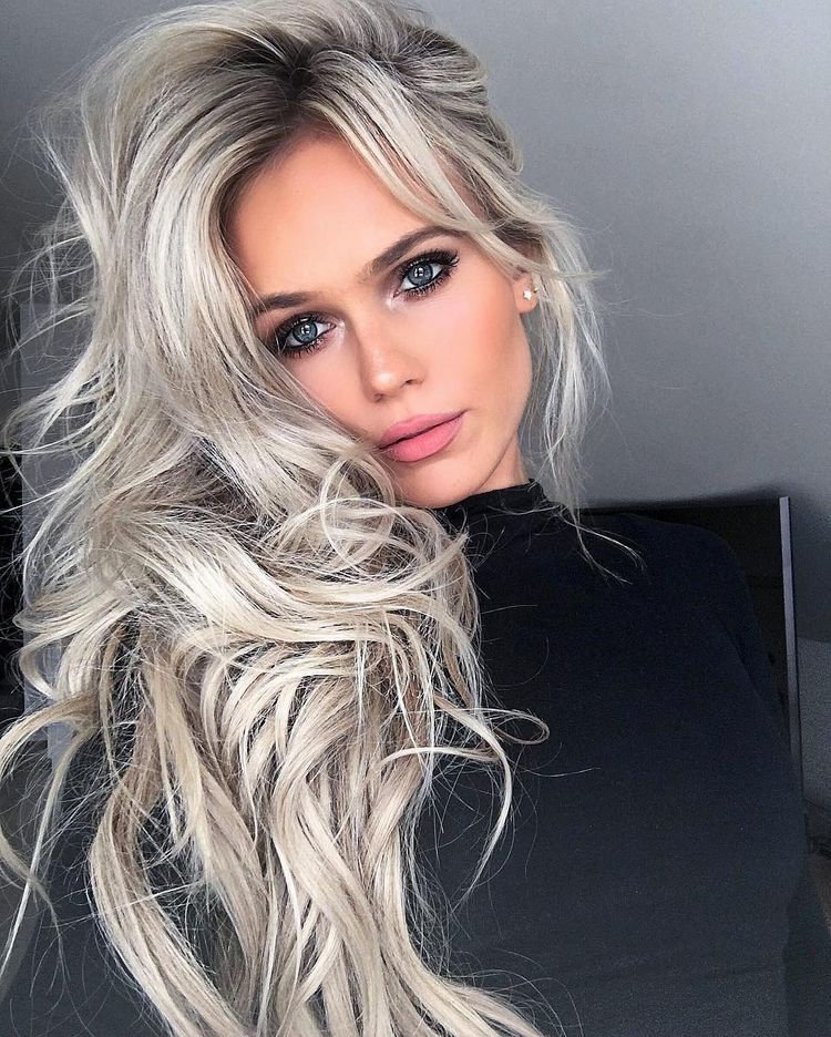 OMG!!! Ok who can do this color in Raleigh NC ?! Beautimous hair ...
