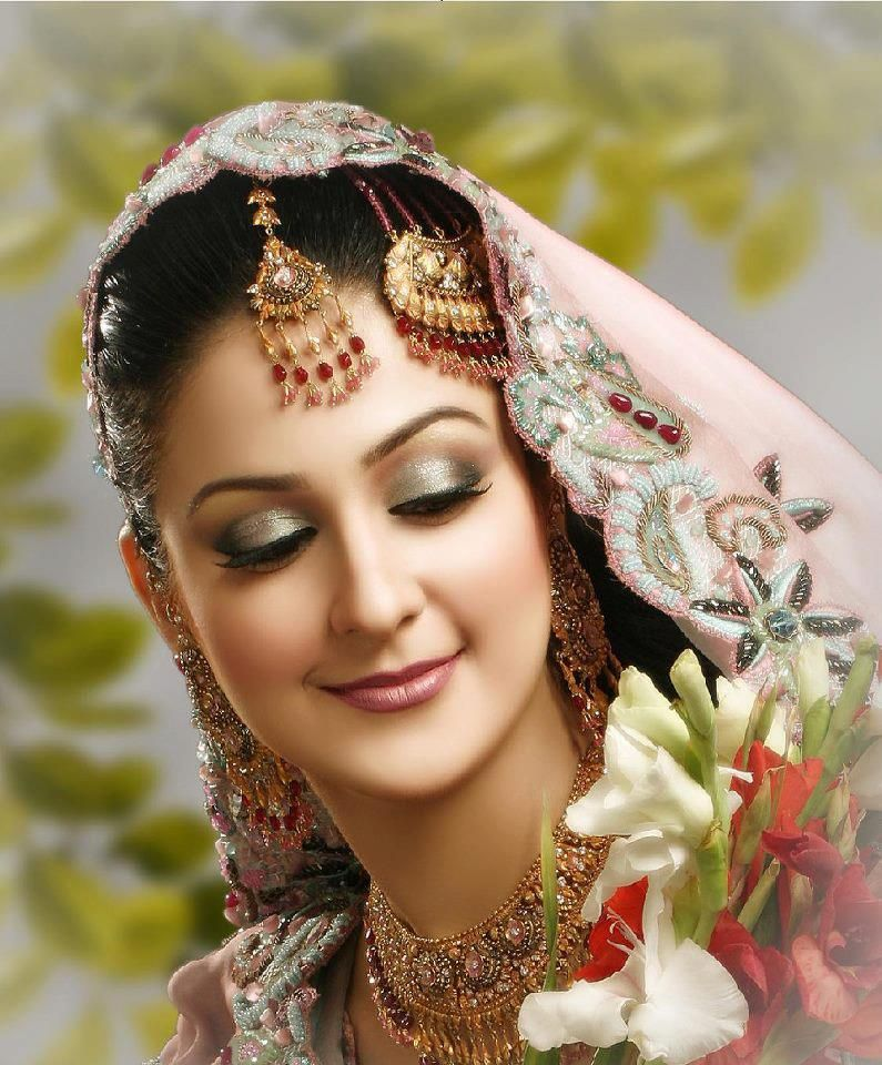 Dulhan Bride Indian Pakistani Desi Wedding