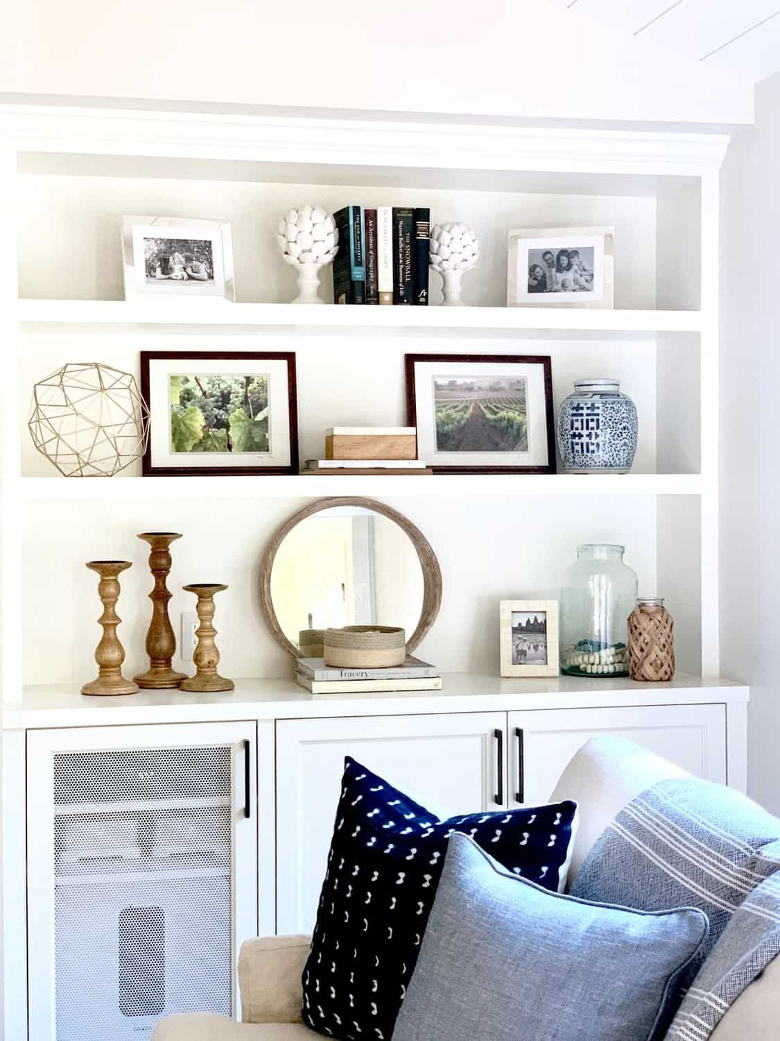 Step By Step BOOKSHELF Styling Tips Before and After - Bookshelves in living room, Shelf decor living room, Living room shelves, Built in shelves living room, Home decor styles, Decorating bookshelves - Recently, I went over to style my client's newly built living room bookcases  Here are my five bookshelf styling tips! 1  Empty all the shelves