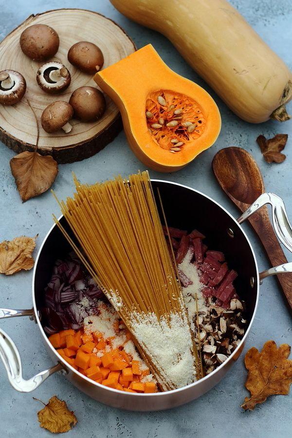VEGAN DONC SANS BACON NI PARMESAN MAIS AVEC TOFU FUME One pot pasta dautomne butternut champignons bacon et parmesan