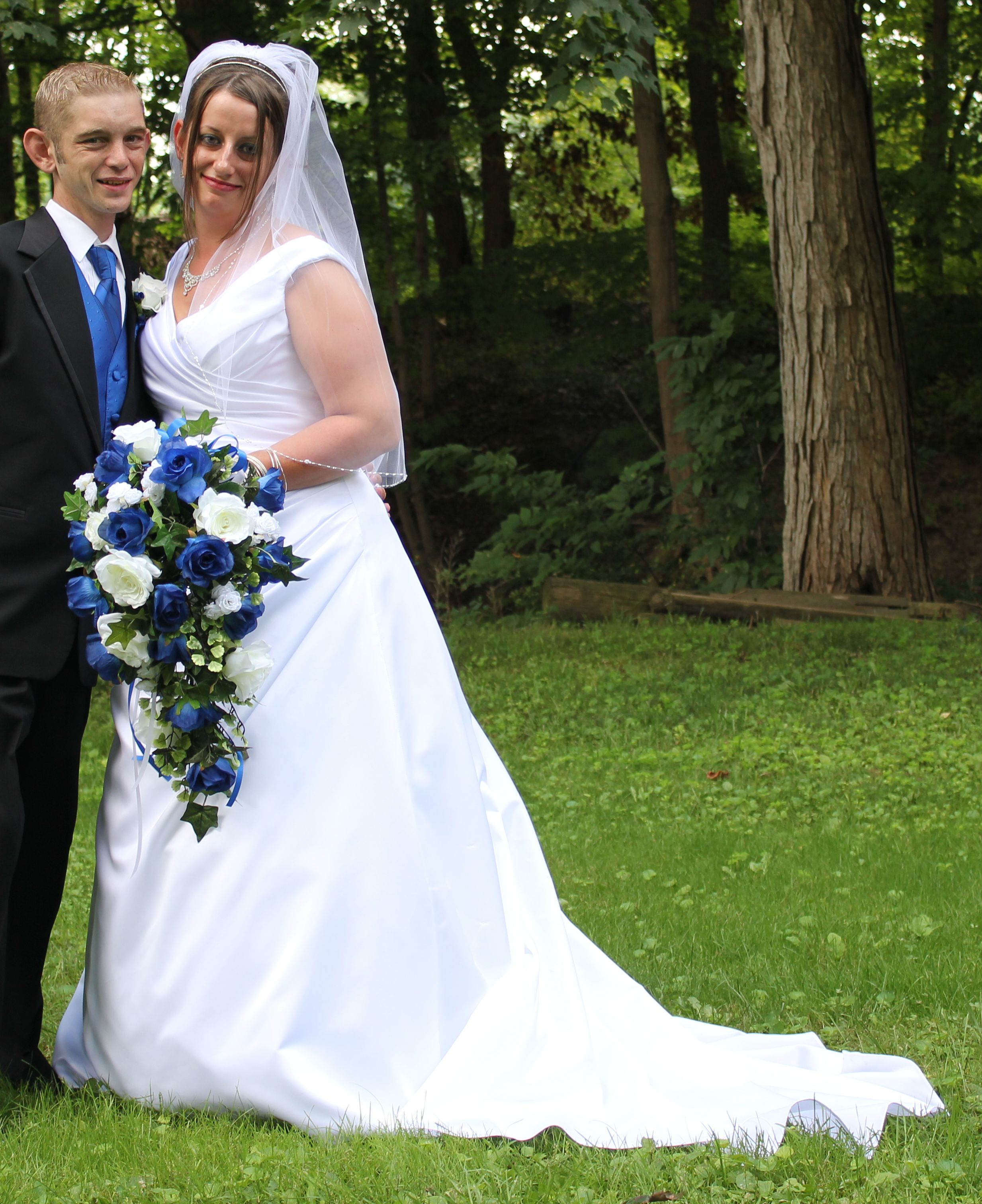 Pre owned wedding dresses   Davidus Bridal T find it on PreOwnedWeddingDresses