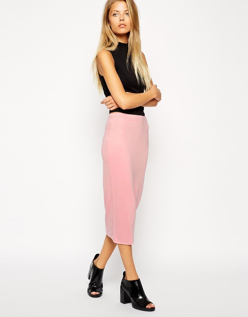 30c314bf8a3d 16 Classic Skirts You Can Wear With Anything | fashion I love ...