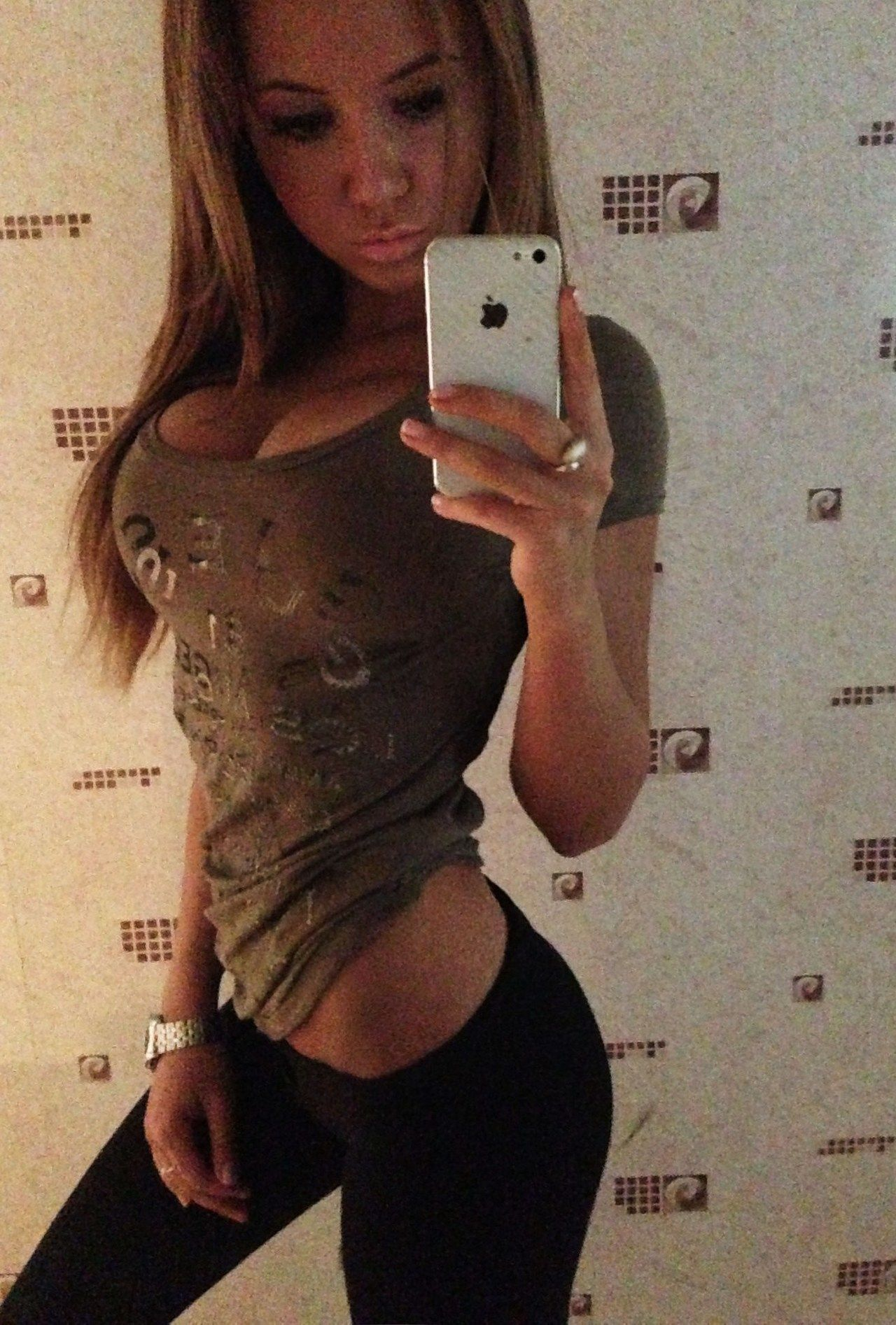 Images Of Semi Nude Girls