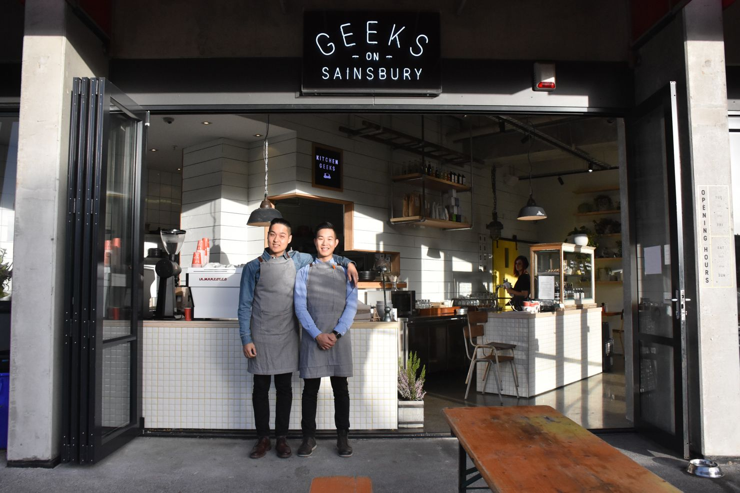 White apron auckland