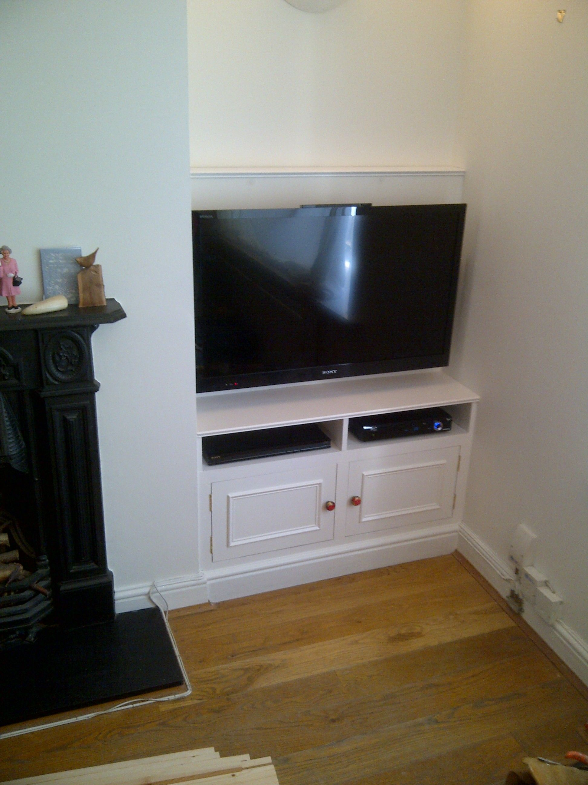 Tv Unit In Living Room: Google Image Result For Http://surreyjoineryspecialists.co