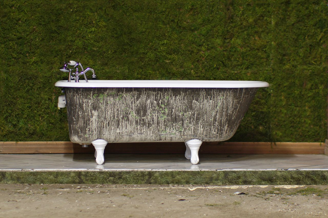 1924 Refinished 5 Antique Clawfoot Bathtub Cast Iron Tub Package