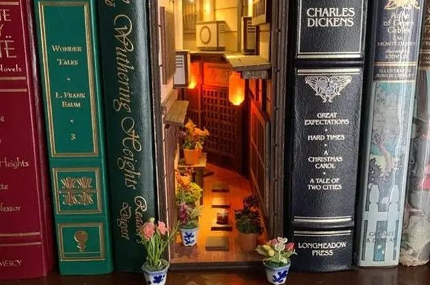 Book Nook Shelf Inserts Are Really Cool, And Everyone Should Know They Exist — Here Are 14 Of The Most Creative Ones You'll See — BuzzFeed