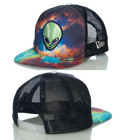 6daa2370 NEW ERA Alien snapback cap Adjustable strap on back Embroidered team logo  on front Galaxy print detail NEW ERA stitching on sides Mesh Reflective