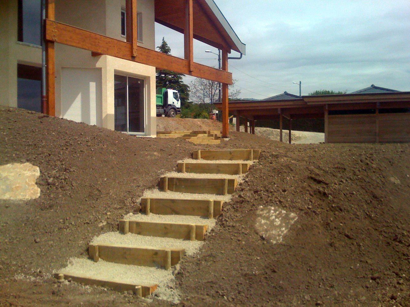 escalier exterieur dans talus