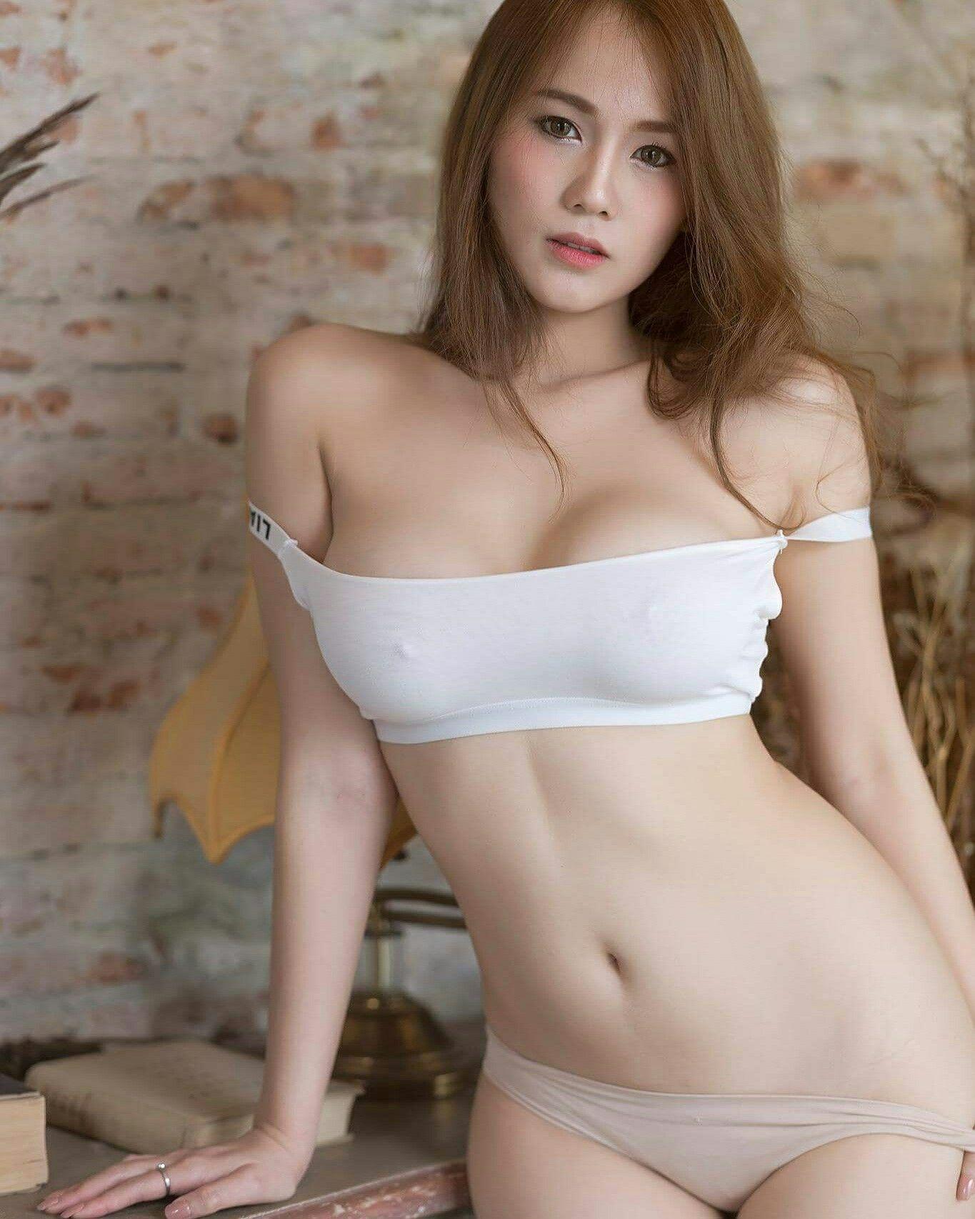 lactating tits nude gifs