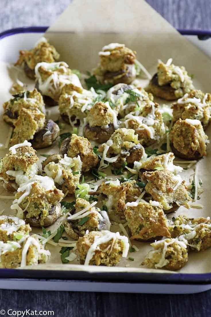 Olive Garden Stuffed Mushrooms Seafood stuffed mushrooms is one of the best appetizers for parties and special occasions. Breadcrumbs, herbs, and 3 kinds of cheese set these Italian stuffed mushrooms above the rest! So easy to make with this Olive Garden copycat recipe and video.