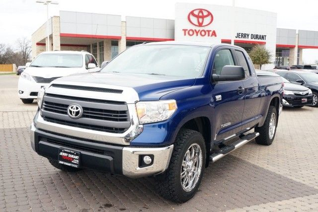 2014 toyota tundra sr5 5 7l v8 toyota tundra truck doublecab forsale new granbury. Black Bedroom Furniture Sets. Home Design Ideas