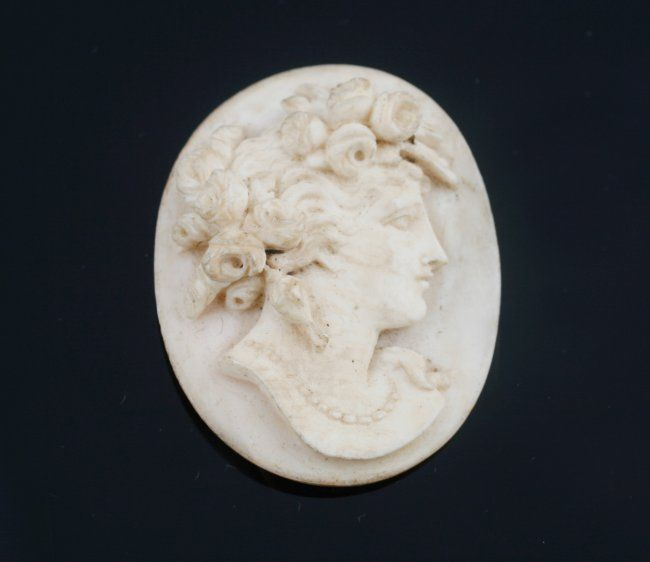 Carved ivory Cameo