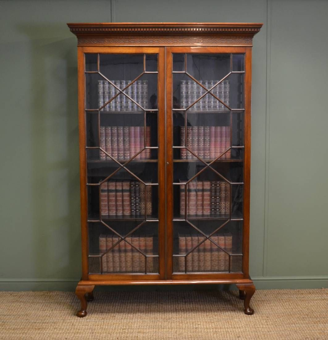 Antique Victorian Bookcases Antiques World Antique Bookcase Bookcase With Glass Doors Vintage Bookshelf