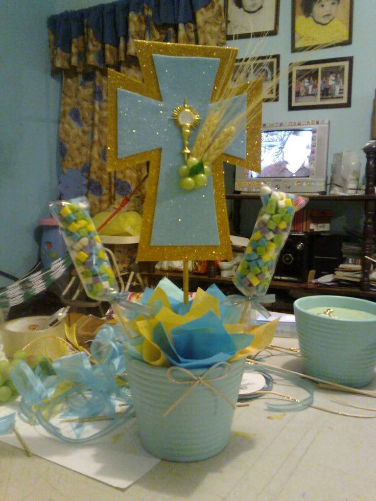 Doky002 39 s image fiesta pinterest communion ideas - Centros de mesa para comunion de nino ...