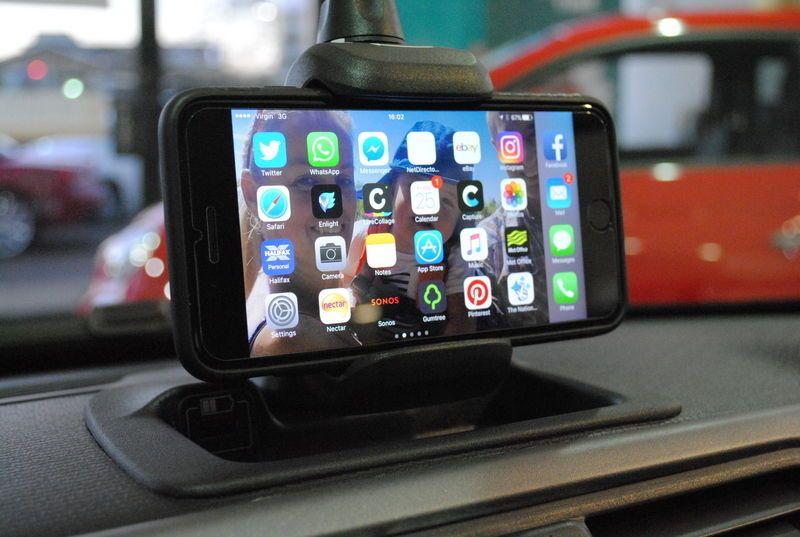 fiat 500 punto panda ducato dashboard phone holder cradle new genuine 735645489 dashboard. Black Bedroom Furniture Sets. Home Design Ideas
